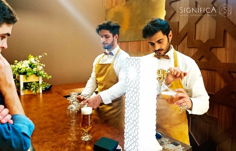 significa-studio-diseño-vestuario-cerveza-Alhambra-10